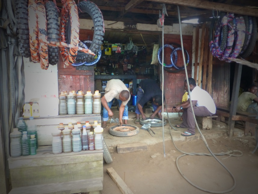 motor shop in Kribi